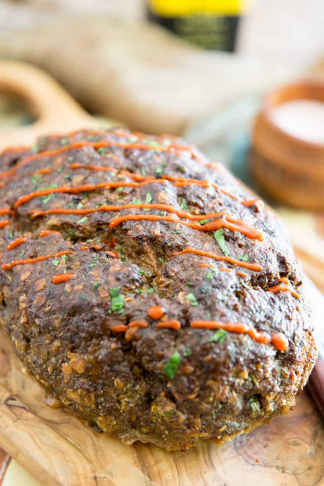 Stupid Easy No-Pan Meatloaf by Sonia! The Healthy Foodie | Recipe on theheatlhyfoodie.com