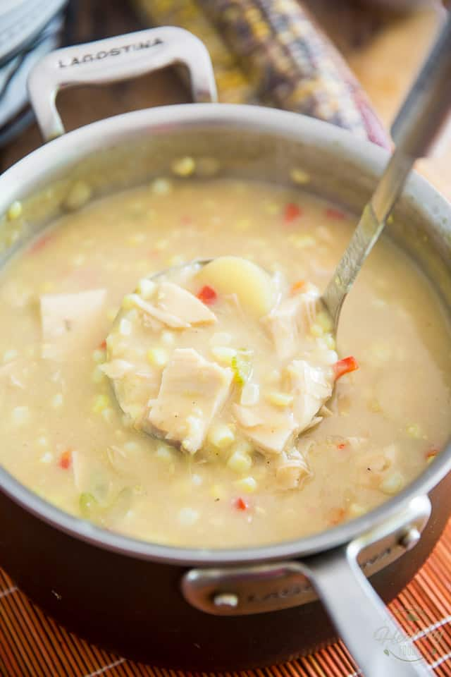 Fresh Corn and Chicken Chowder by Sonia! The Healthy Foodie | Recipe on thehealthyfoodie.com