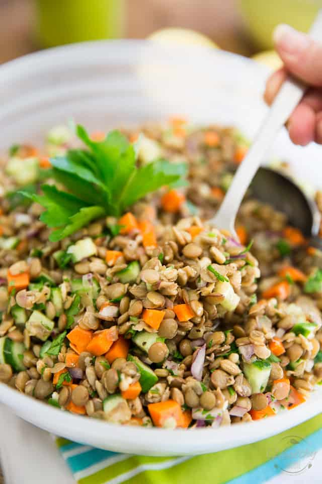 A Green Lentil Salad that'll have you want to come back for more? Yes, it actually exists, and you just found the recipe for it! Just make it, you'll see!