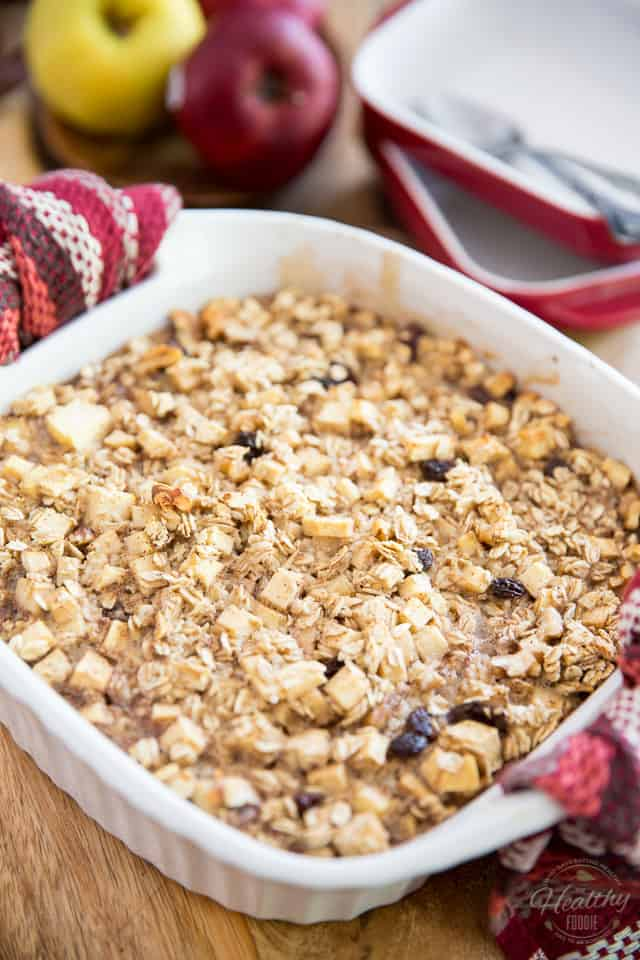 Apple Cinnamon Baked Oatmeal by Sonia! The Healthy Foodie | Recipe on thehealthyfoodie.com