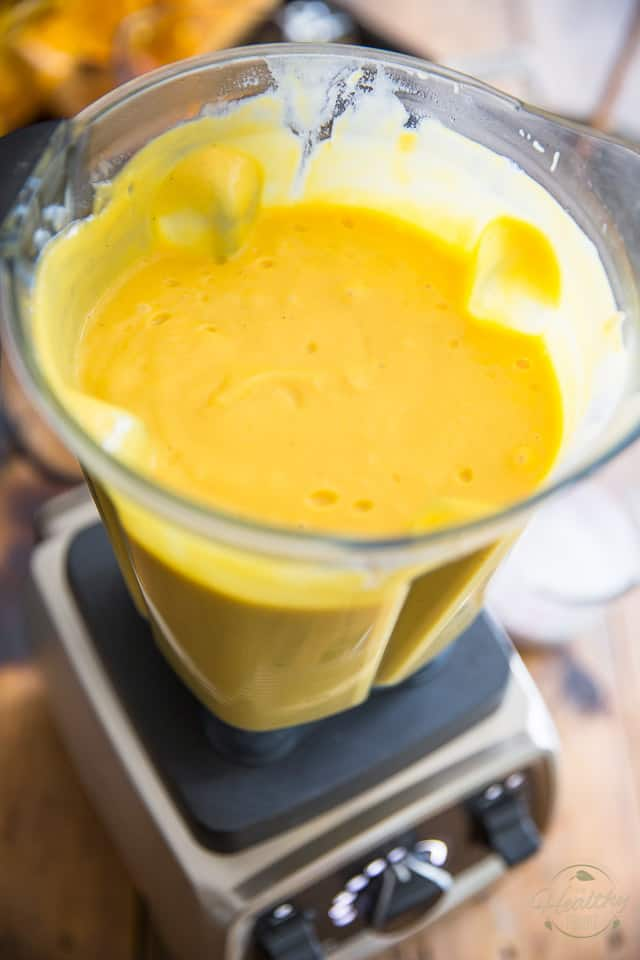 Oven Roasted Butternut Squash Soup by Sonia! The Healthy Foodie | Recipe and instructions on thehealthyfoodie.com