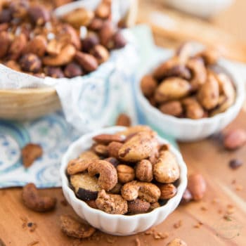 A nutritious blend of nuts and coconut, deliciously flavored with Chai Spice and Maple Syrup, this Chai Maple Coco Nut Mix makes for a perfect little afternoon pick-me-upper or awesome munchies for your guests...