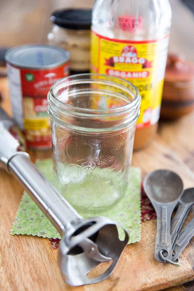 Equipment needed to make vegan mayonnaise