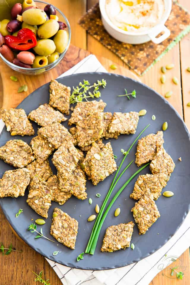 Green Olive Flax Seed Crackers by Sonia! The Healthy Foodie | Recipe on thehealthyfoodie.com