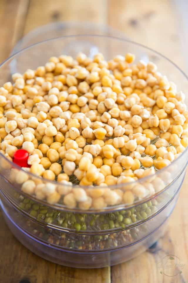 Sprouted chickpeas, day 1