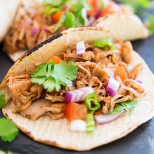 Vegan Pulled Jackfruit Tacos