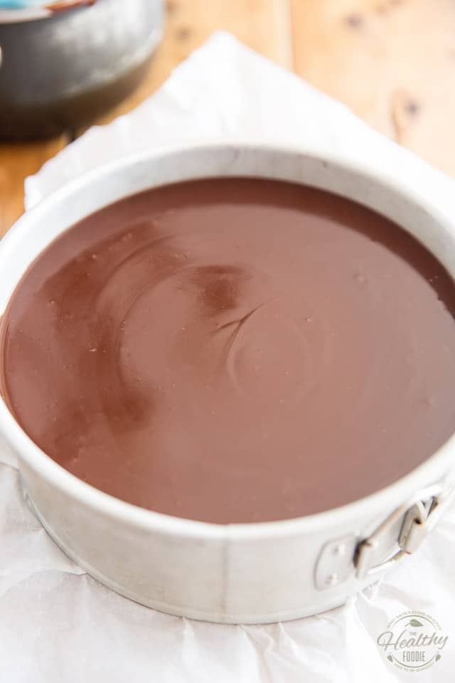 Shake the pan gently to make the chocolate topping super smooth