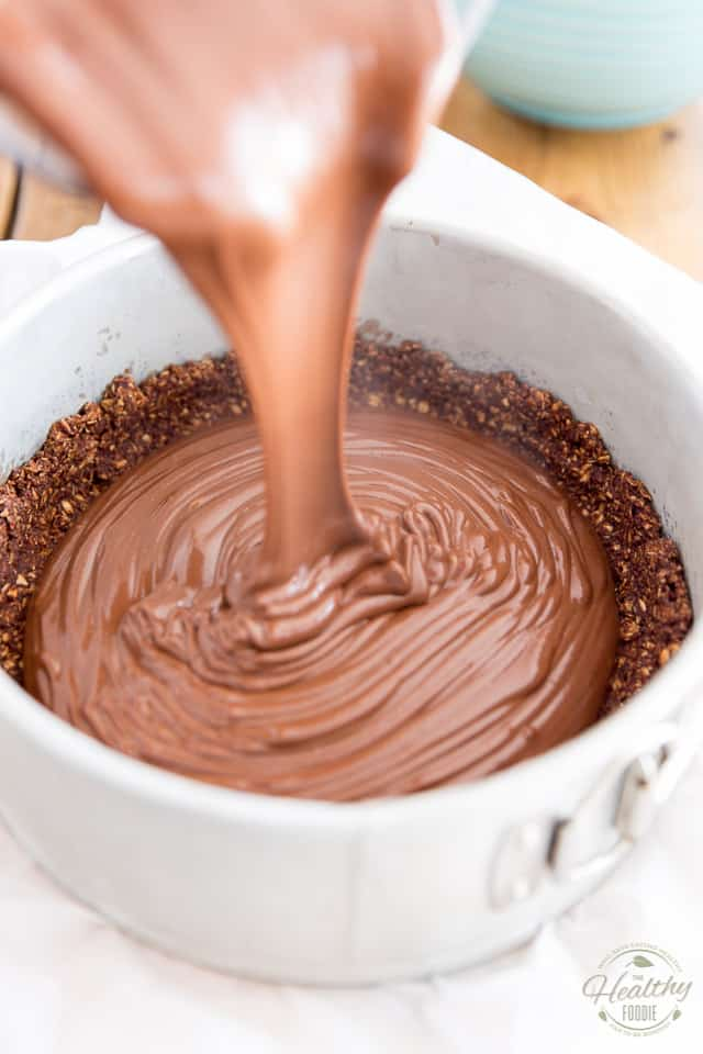 Pour the chocolate mixture into the reserved crust